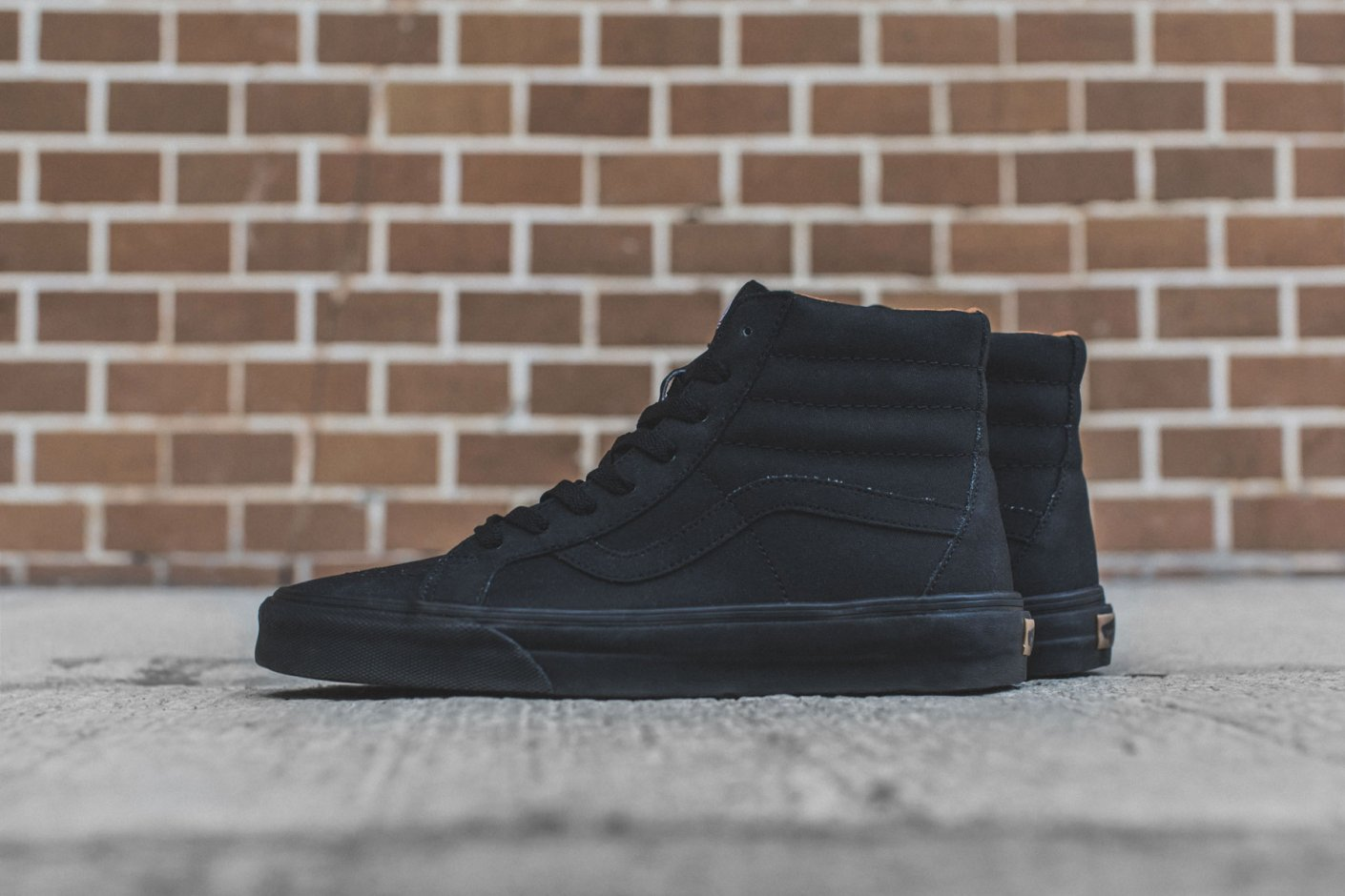 vans sk8 hi black on feet
